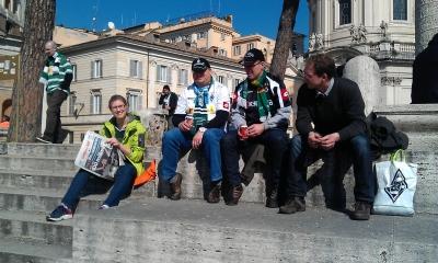 Pause mit italienischer Sportzeitung